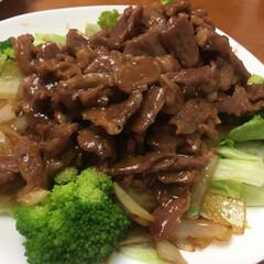 夕食/グルメ/フード/おうちごはん 今日の夕食  中華 豚はらみの炒め物 餃…