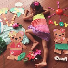 アロハ/お昼寝アート/100均 南の島で遊んでる娘のアート✨お昼寝も夏休…