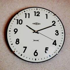 壁掛け時計/スリコ  スリコの時計⌚  さぁ仕事! 行ってき…