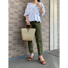 ジーユー/ママファッション/ママコーデ/プチプラファッション/プチプラコーデ/ファッション/... GUのマットサテンダブルポケットシャツに…