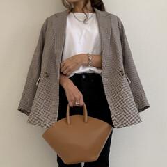 ママファッション/H&M/エイチアンドエム/ママコーデ/UNIQLO/コーディネート/... 今季トレンドのチェックのジャケットはH&…