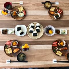 セリア/箸置き/アカシア食器/食器/和食/朝食/... 昨日の朝ごはんです。 冷蔵庫、冷凍庫残り…