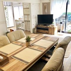テレビ台diy/和室から洋室/セルフリノベーション/ダイニングテーブル/ランチョンマット/ニトリ ニトリのキリム柄のランチョマットとっても…