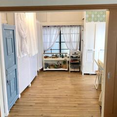 物置DIY/元和室/ドアDIY/押入れ改造/長押塗装/天井塗装/... 和室から洋室にセルフリノベーションしまし…