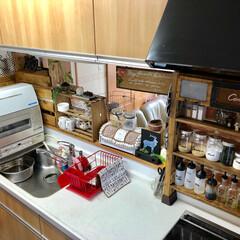 食洗機/ショーケース/キッチンカウンター/調味料棚/ディアウォール/キッチン/...   おはようございまーす♡ 高いところか…