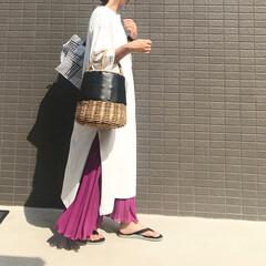 大人カジュアル/大人女子/コーデ/スリットワンピース/プリーツスカート/ママファッション/... コーデ   スリットワンピース×プリーツ…