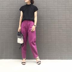きれいめコーデ/大人女子/パンツコーデ/大人可愛い/ママファッション/ママコーデ/... コーデ   カラーパンツ×ブラック  最…