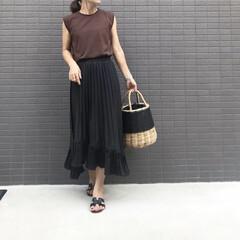 秋カラー/ブラウン/プリーツスカート/ママファッション/ママコーデ/ファッション コーデ   ブラウン×ブラック   そろ…