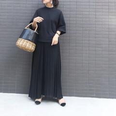大人女子/プリーツスカート/ワントーンコーデ/ブラックコーデ/ママファッション/ママコーデ/... コーデ   最近ブラックが とーっても気…
