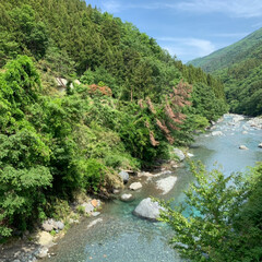 山梨/雨季ウキフォト投稿キャンペーン/フォロー大歓迎/LIMIAおでかけ部/おでかけ/旅行/... 先日行った山梨の山間。 川の水は透き通っ…