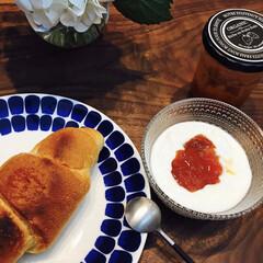 イッタラ カステヘルミ ボウル 230ml クリア | イッタラ(バット)を使ったクチコミ「お気に入りの食器と手作りのあんずジャムで…」