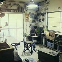 ケーブルドラム/りんご箱/窓DIY/窓リメイク/壁DIY/壁リメイク/... 和室を改造した作業部屋の入口からの眺めで…
