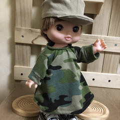 子ども/おもちゃ/レミン/人形/ハンドメイド 新作衣装! カモフラのAラインワンピース…