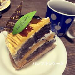 珈琲/イベント/旬の食卓/かぼちゃプリン/かぼちゃ/お菓子/... パンプキンケーキ♪ かぼちゃのムースがト…