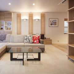 リフォーム/インテリア/家具/住まい/収納/リノベーション/... 戸建リビングのリフォーム。床のタイルとカ…