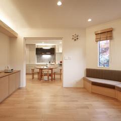インテリア/家具/住まい/リフォーム/キッチン/収納/... 戸建のリノベーション。リビングの窓際に収…