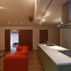 リノベーション/リフォーム/住まい/インテリア/インテリアコーディネート/インテリアデザイン/... 天井を屋根形状に合わせて高くすることでダ…