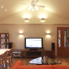 インテリア/家具/住まい/リフォーム/リノベーション/インテリアデザイン/... 天井を屋根形状に合わせて高くすることでダ…
