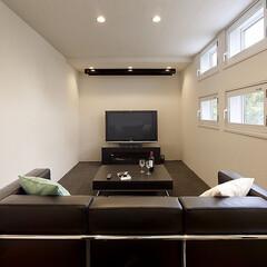 インテリア/家具/住まい/リフォーム/リノベーション/インテリアコーディネート/... シアタールームのインテリア。映像はテレビ…