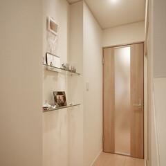 リフォーム/リノベーション/住まい/インテリア/インテリアデザイン/インテリアコーディネート/... 戸建1階の全面リフォーム。廊下の床から天…