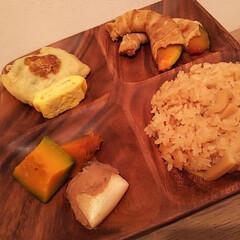 かぼちゃ肉巻き/かぼちゃの煮物/タケノコご飯 家は、家族の食べる時間帯がまちまちなので…