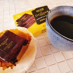 nagomi作コーヒカップ/おやつ/GODIVA/ローソン (。・ω・)ノ゙ コンチャ♪ 畑仕事が終…