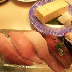 だし巻き玉子/マグロ/活鮮 お昼に続き、自宅近くの回転寿司
