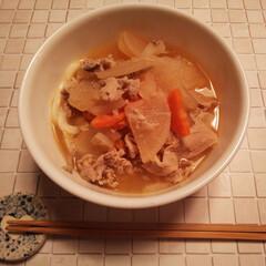 寒い朝/残り物/豚汁うどん/朝食 ٩(๑´0`๑)۶オッハョーーー 今朝は…