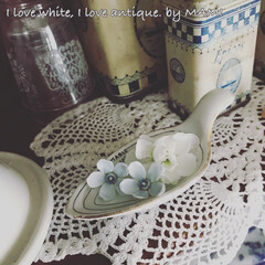 メジャースプーン/陶器/フラワーアレンジメント/お花のある暮らし/お花が好き/いいね♡ありがとうございます/... こんばんは✨   陶器のメジャース…