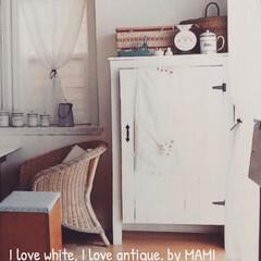 見せる収納/アンティークリネン/ホワイト家具/フレンチカントリー/アンティーク/ブラックアイアン/... 前の家の ダイニングで、 ダイニングテー…