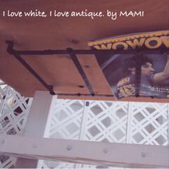 オリジナル家具/オリジナル/フレンチカントリーインテリア/フレンチカントリー/ホワイト家具/DIY家具/... リビングテーブルの天板の 裏側です✨ ち…