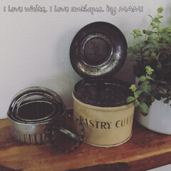 パティスリー/クッキー型/PASTRY CUTTER/Tin缶/Tala社/アンティーク/... 型もかわいいんです☺️💕   ちなみにお…