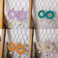 スプリングファッション/レース糸/アクセサリー/かぎ針編み/ハンドメイド/わたしの手作り かぎ針編みピアス♡ 軽いつけ心地で耳への…