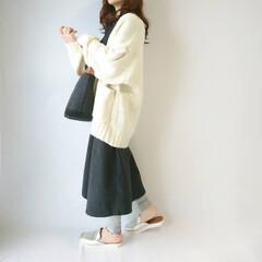 低身長コーデ/カジュアルコーデ/ゆるコーデ/ニットカーディガン/ファッション ゆるゆるコーデ🍁  袖のケーブル模様が可…