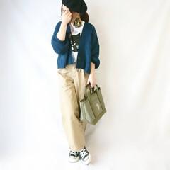 ベレー帽/おちびコーデ/カジュアルコーデ/秋コーデ/秋ファッション/チノパン/... ニットカーディガン×チノパンのカジュアル…