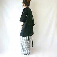 モノトーンコーデ/ゆるコーデ/ワイドアンクルパンツ/チェックパンツ/おちびコーデ/秋ファッション/... ビッグシルエットトップス×ワイドパンツの…