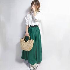 かごバッグ/ロンスカ/ママコーデ/春ファッション/ファッション キレイなグリーンのロンスカが主役のコーデ…