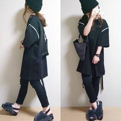 黒スキニー/ファーサンダル/ニット帽/秋ファッション/おちびコーデ/ビッグシルエットコーデ/... ■オールブラックコーデ■  トップスはリ…