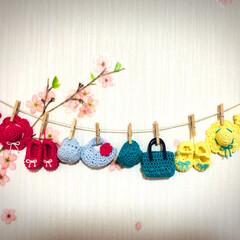 ミニチュア/インテリア/小物/編み物/雑貨/100均/... ダイソーの毛糸で編んだミニチュアの帽子、…
