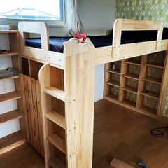 秘密基地/ジャストフィット/本棚DIY/ロフトベッド/子供部屋/DIY収納/... おひさしぶりです!今回は、ロフトベッド兼…