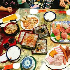 元日/元旦/お祝い料理/お祝い/カニ/御屠蘇/... 元旦の風景  身内だけのお節です 御屠蘇…