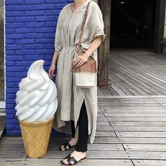 ママコーデ/大人カジュアル/夏コーデ/ファッション/リネンワンピース 家族でお出かけの日。  リネン素材のワン…