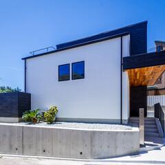 エクステリア/デッキテラス/ウッドデッキ/玄関ドア/玄関/外観デザイン/... 外観とデッキテラス♪ : ■haus-…(1枚目)