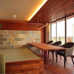 マイホーム記録/マイホーム計画/新築一戸建て/リビング/畳スペース/畳コーナー/... ダイニングテーブルを床天井のフローリング…