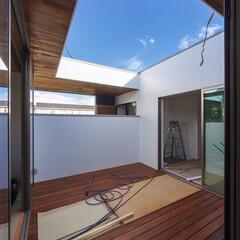 マイホーム記録/マイホーム計画/設計事務所/建築家/建築/デザイン/... 今日の現場状況! 中庭のウッドデッキも完…