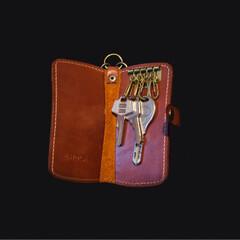 革製品/革小物/レザー/レザークラフト/ハンドメイド/キーケース 革小物職人 holaさんのキーケースを …(3枚目)