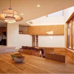 注文住宅/一戸建て/家づくり/インテリア/造作家具/家具/... リビングとピアノ室の間の壁を吊戸棚が貫通…