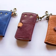 革製品/革小物/レザー/レザークラフト/ハンドメイド/キーケース 革小物職人 holaさんのキーケースを …(2枚目)