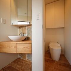 造作家具/家具/手洗い/トイレ/住宅デザイン/デザイン/... ■haus-kaap■ 2階に個室が4つ…