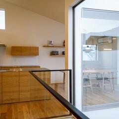 家/家づくり/設計事務所/設計/中庭/バルコニー/... 2階ダイニングキッチンとパントリー…(3枚目)